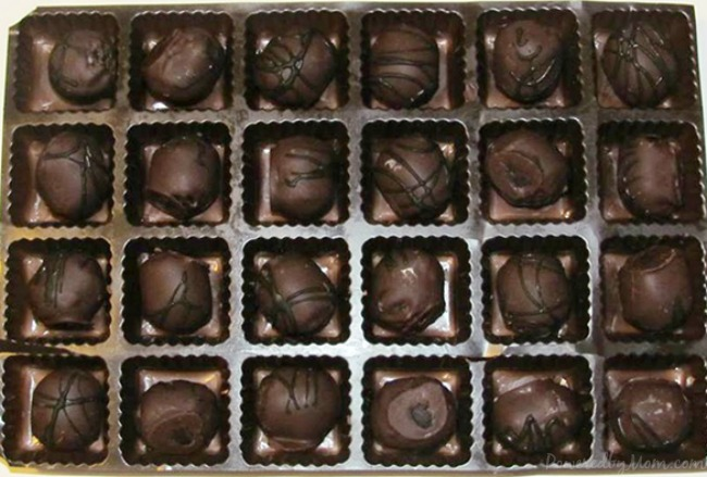 Swiss-Colony-Cake-Balls-Review