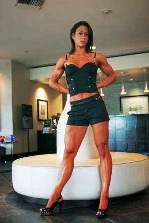 corps féminin bodybuilder muscle fitness