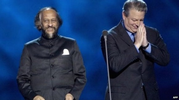 Is Pachauri giving Gore tips on releasing his chakra?