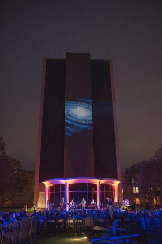 MUSE/IQUE - SWINGING/STARS - LIGHTING