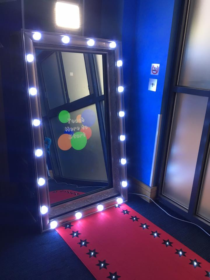 Magic Mirror Photo Booth Hire Dartford