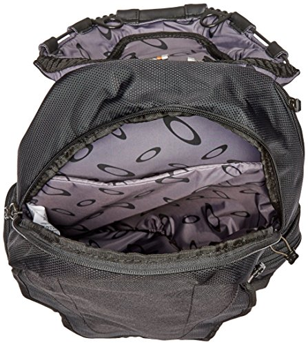 Oakley-Mens-Bathroom-Sink-Bag-0-1