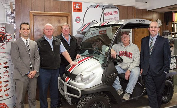 u(From left) Eric Olsavsky, Ohio State IMG Sports Marketing; Tom Streacker, Streacker Tractor Sales, Inc.; Tony Streacker, Streacker Tractor Sales, Inc.; Larry McCloud, Winner; and Steven C. Payn, Kubota Tractor Corporation, celebrate McCloud's selection as the winner of a Kubota UTV.