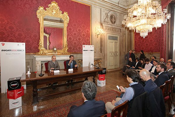 To officially open the celebrations for the 90th anniversary of Ducati, the Mayor of Bologna, Virginio Merola, opened the doors to the Sala Rossa, one of Bologna's most beautiful representational halls at the Palazzo D'Accursio. In this prestigious setting, Claudio Domenicali (Ducati Motor Holding CEO), in the presence of the Mayor and the press, presented the initiatives that Ducati has planned for its 90th anniversary.