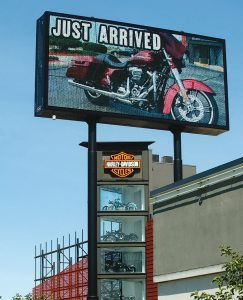 Uke's Harley-Davidson in Kenosha, Wisconsin, combatted a highway redesign with a 45-foot tall digital sign.