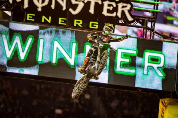 monster-energy-supercross-tomac-took-his-third-win-in-four-races-1