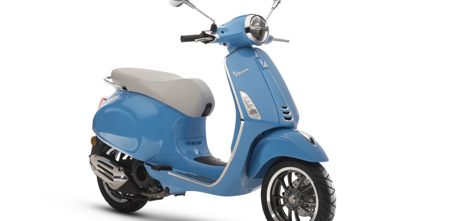 Vespa Showcases 2019 Se Models At Amerivespa Powersports Business