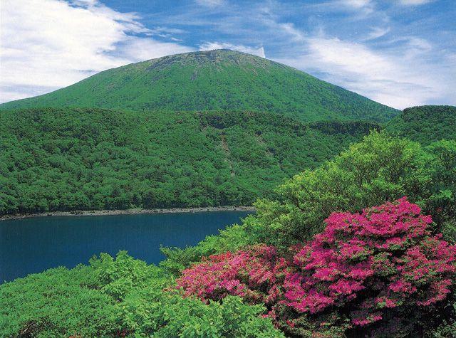 【口コミ】韓国岳からみた神秘的な大浪池の青い色がすごい!