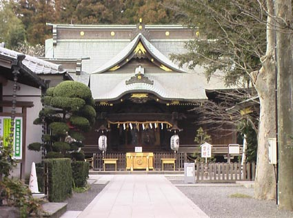 【口コミ】猫返しのパワースポット「阿豆佐味天神社立川水天宮」