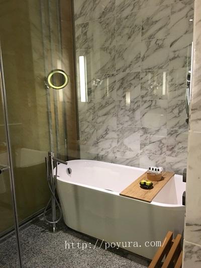 インターコンチネンタルホテル大阪宿泊記バスルーム