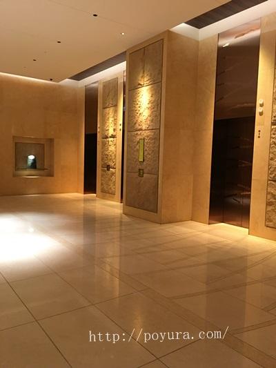 グランフロント大阪ホテル入り口