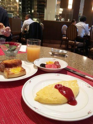 ロイヤルパークホテル宿泊記朝食バイキング