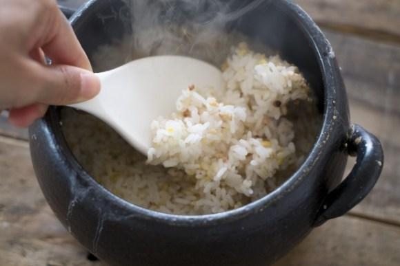 まずいお米を美味しく炊く方法