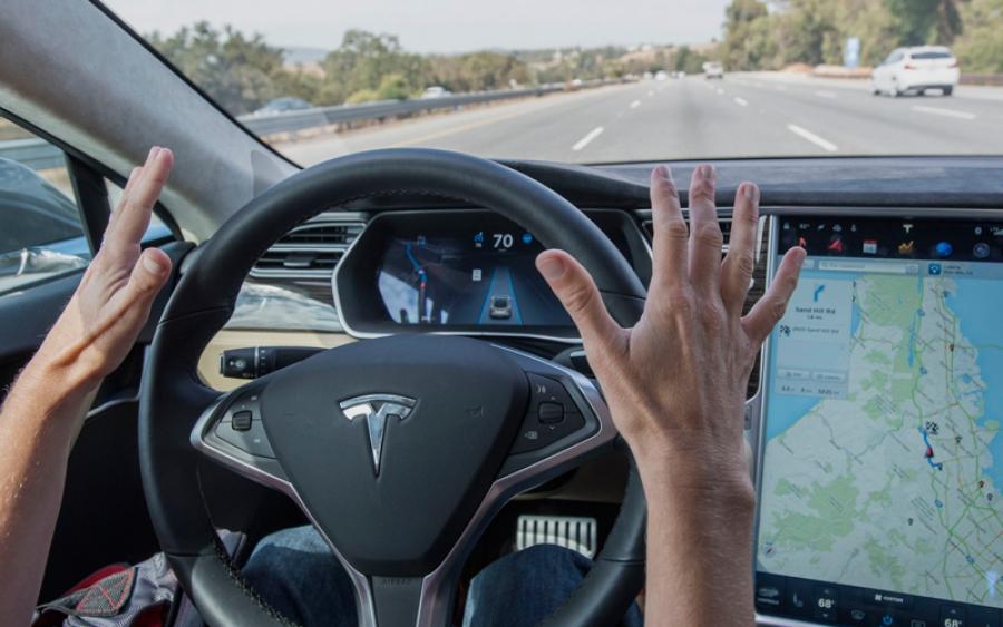 Маск пообещал – машины Tesla станут, действительно, автономными!