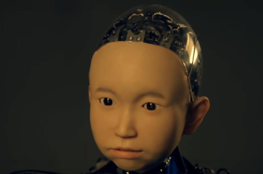Японцы сделали «эмоционального» робота, умеющего улыбаться.
