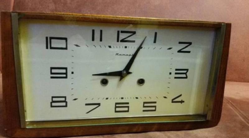 Часы старые с боем