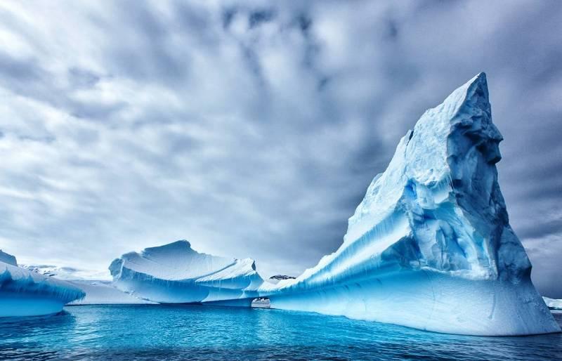 Ледники Антарктиды тают