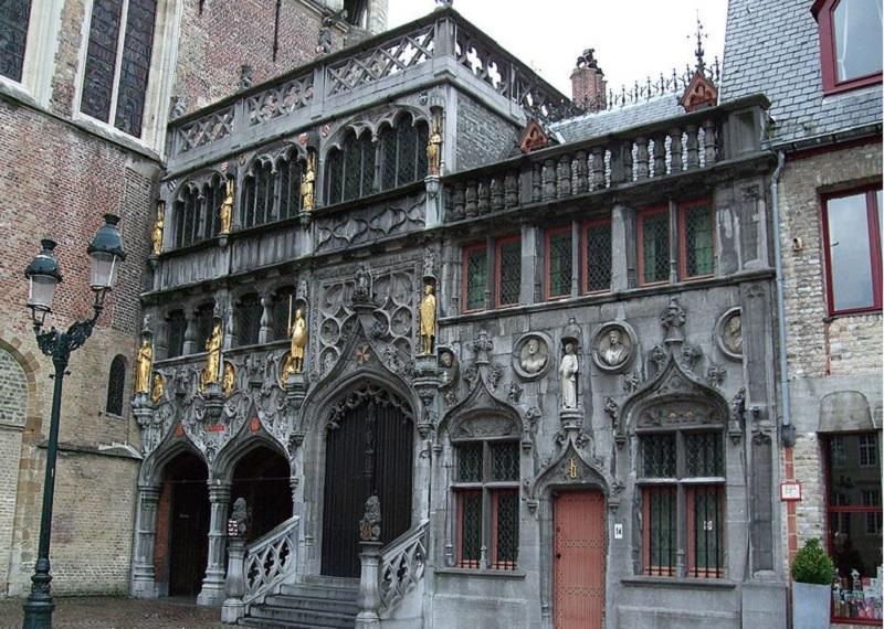 Базилика Святой крови.Фотоисточник