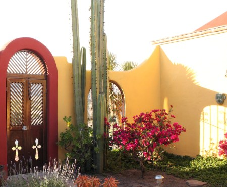 country colonial for sale in Pozos