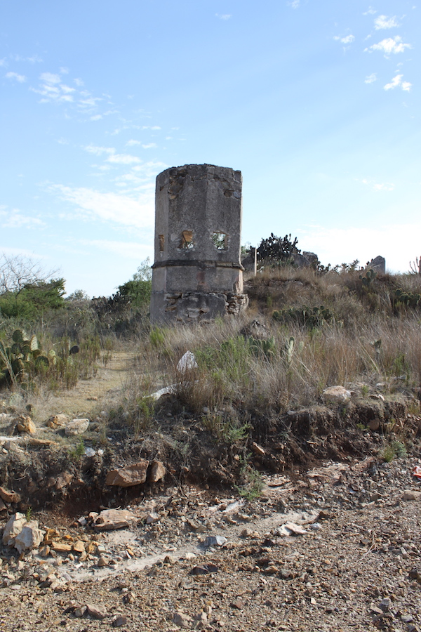 ruins in mineral de pozos