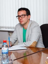 Дмитрий Кротов покинул должность руководителя пресс-центра тольяттинской администрации?