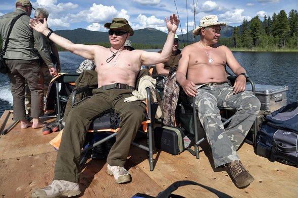 nXCht_bMIK4 Владимир Путин на отдыхе в Хакасии