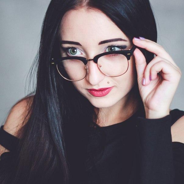 Имиджевые очкиЦена 300 р.Брала по