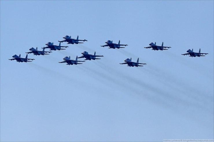 """qHo6UzT2jKE Авиашоу в честь дня ВВС в парке """"Патриот"""""""
