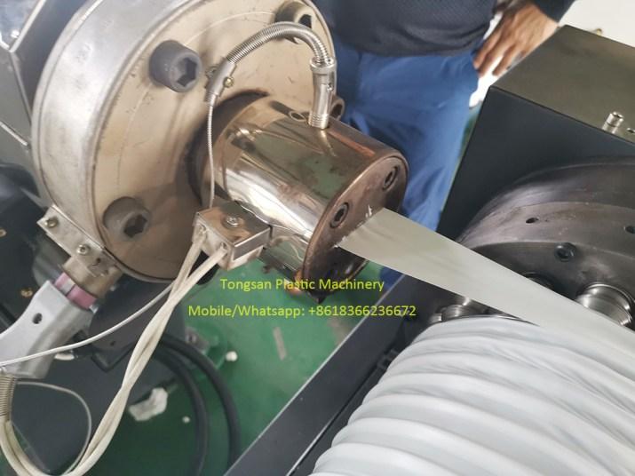 Machine de fabrication de Tuyau d'Evacuation Flexible PP