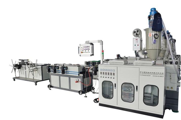 Máy sản xuất Ống ruột gà PVC