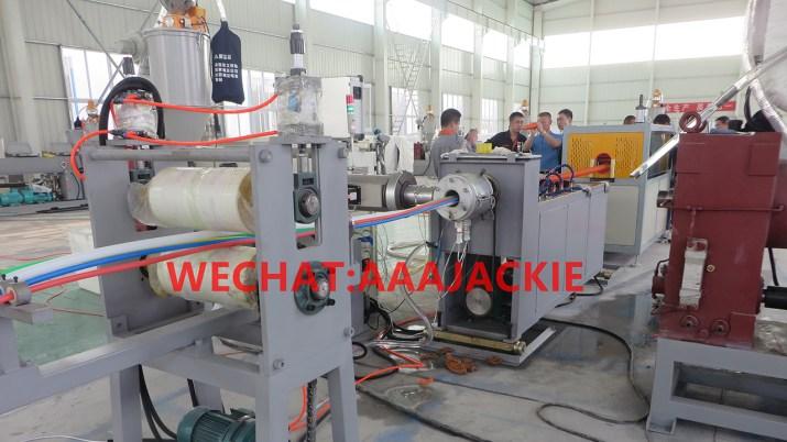 Máy sản xuất Ống nhựa xoắn HDPE