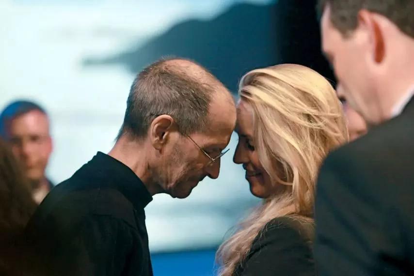c53d5ae60cf Isto permitiu que a viúva de Steve Jobs aplicasse os seus recursos em  causas que tivessem grande significado para si.