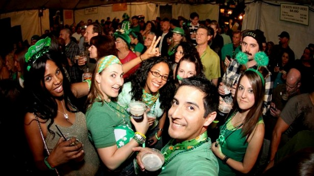Chicago Apartments, St. Patrick's Day, Lincoln Park
