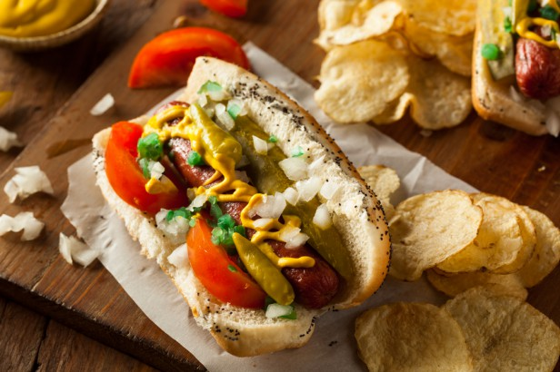 Chicago Apartments, New Bars and Restaurants, Snarf's Sandwiches