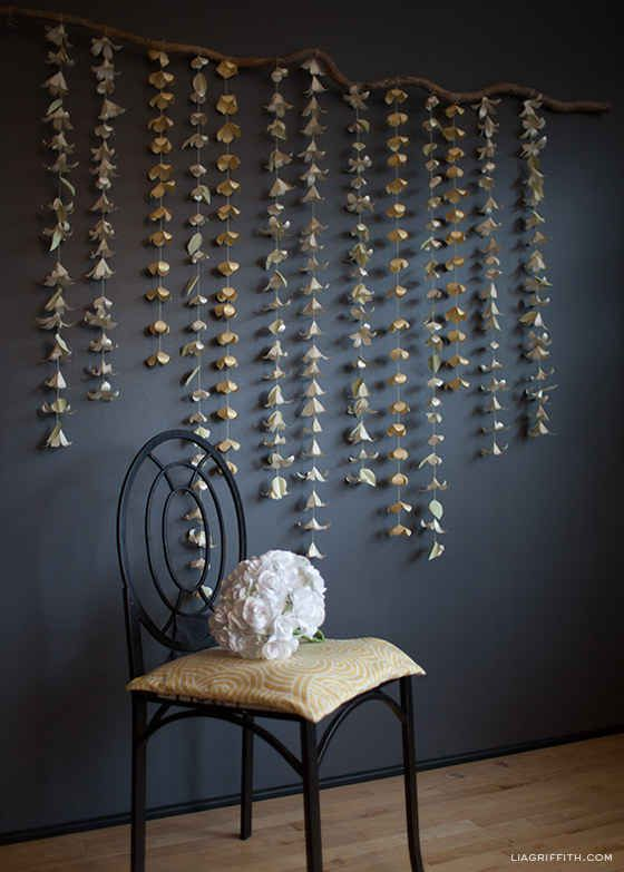 Chicago Apartments, DIY Projects, Anthropologie Paper Flower Garland Wall Accent