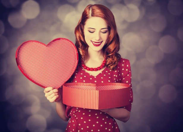 Chicago Apartments, Valentine's Day, Couples Contest