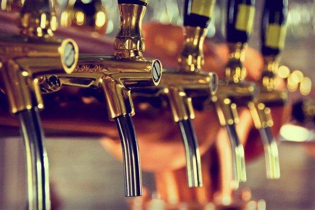 Chicago Apartments, Indoor Activities, Haymarket Pub and Brewery