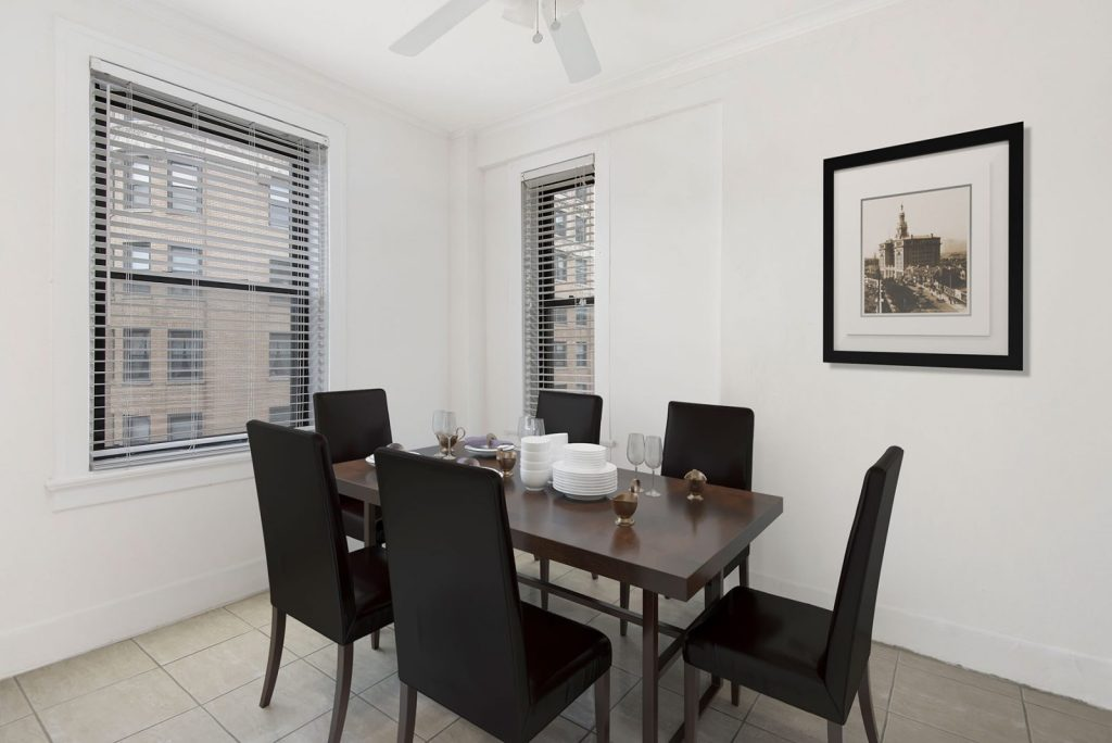 Chicago Apartments, Lincoln Park, 2756 N Pine Grove Dining Room