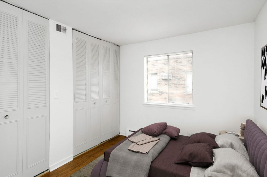 Chicago Apartments, Lakeview, 544 W Melrose Bedroom