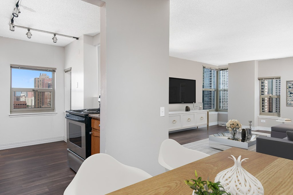 100 W Chestnut Dining and Living Room and Kitchen Interior Chicago Apartments River North - 1