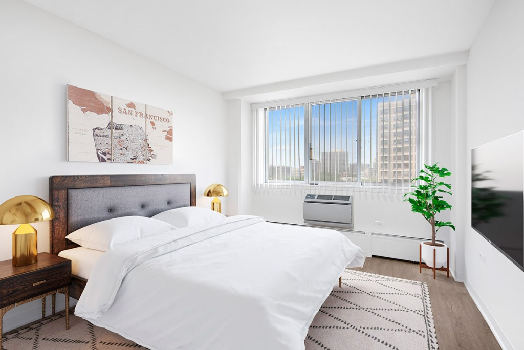 Chicago Apartments, Lakeview, 441 W Oakdale Bedroom