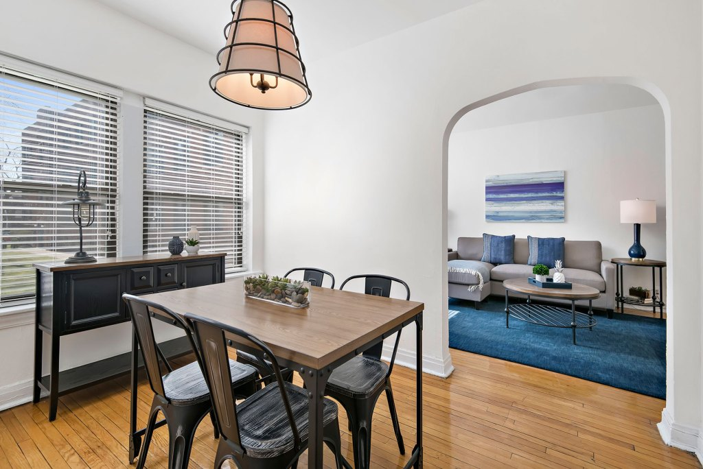 Chicago Apartments, Lakeview, 632 W Cornelia One Bedroom