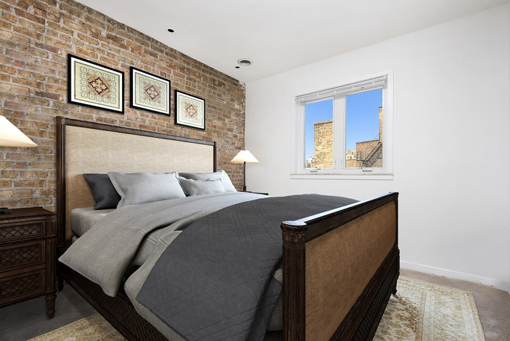 Chicago Apartments, Lincoln Park, 2727 N Clark Bedroom