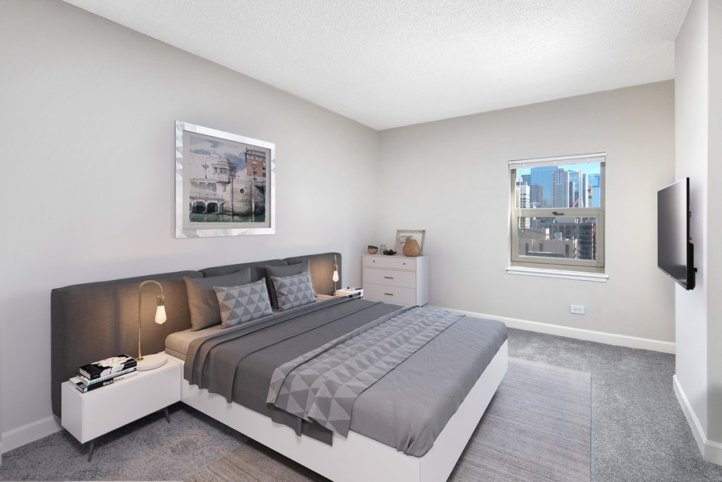 100 W Chestnut Bedroom with View Interior Chicago Apartments River North - 2