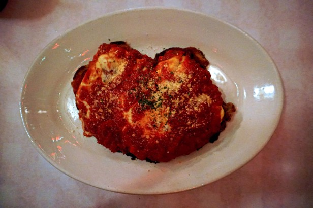 Chicago Apartments, Pizano's Pizza and Pasta, Chicken Parmesan