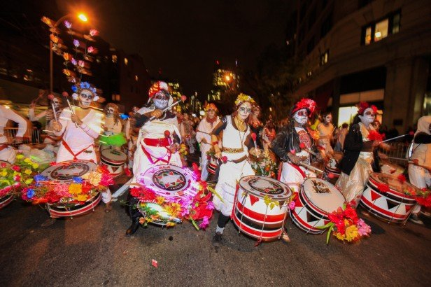 Chicago Apartments, Free Halloween Events