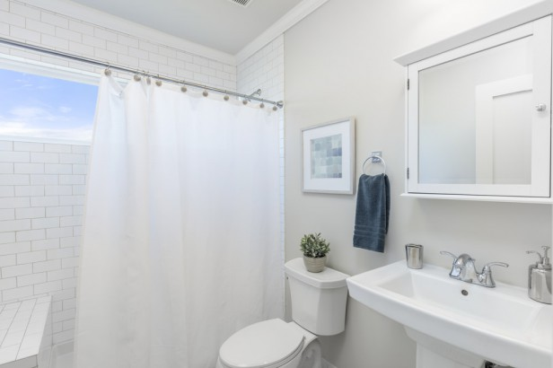 Chicago Apartments, Cleaning Tips, Bathroom Cleaning