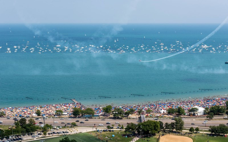 Chicago Apartments, Lakeview, Air & Water Show