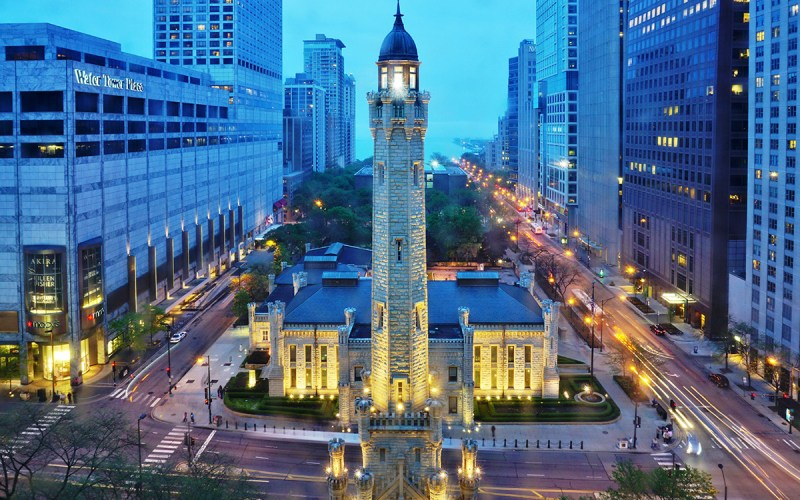 Chicago Apartments, River North, Chicago Water Tower