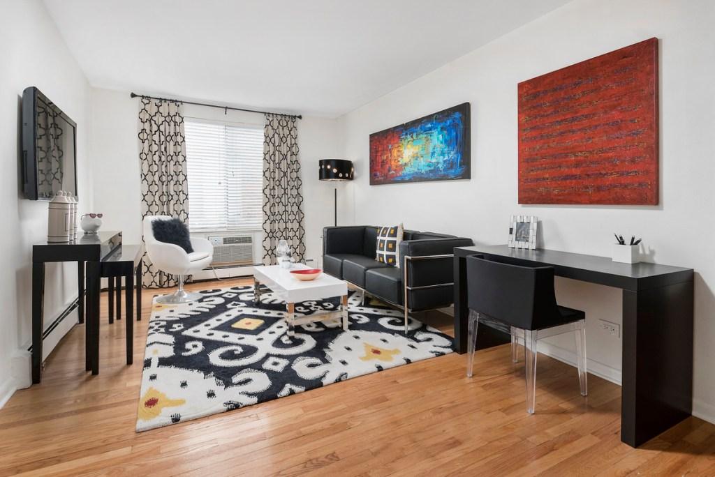 Chicago Apartments, Apartment Decor, Living Room Decor